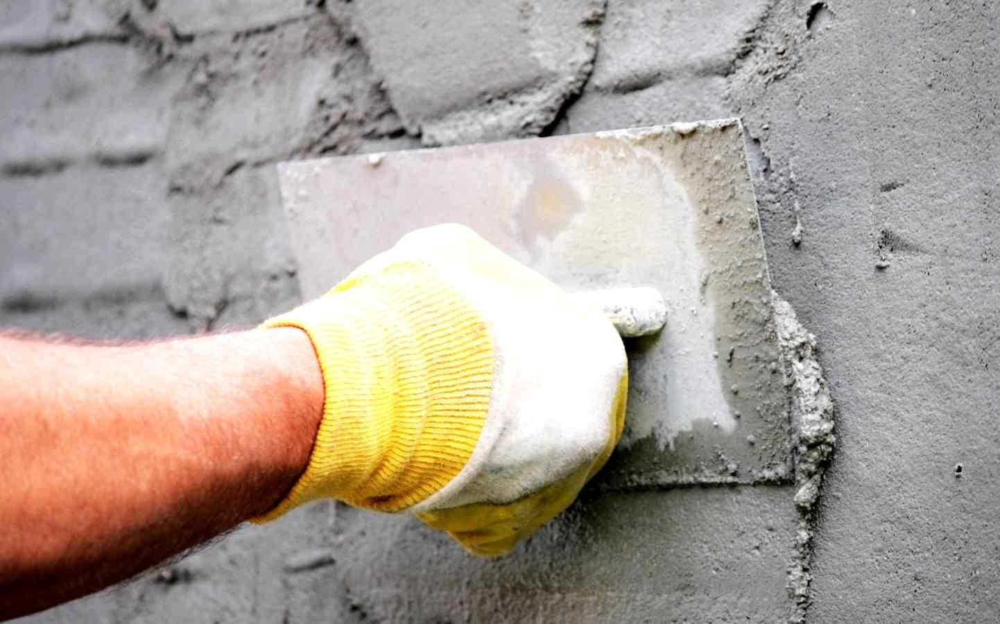 Выравнивание стены штукатуркой своими руками 471