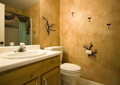 декоративной штукатуркой в ванной