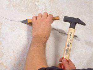 Устранение трещины в стене