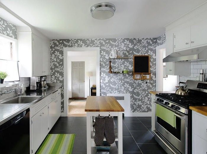 Флизелиновые обои на кухни